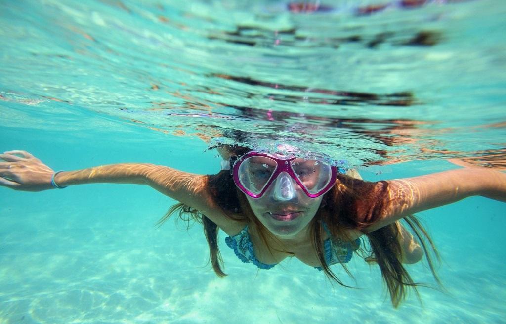 snorkel-padang-bai-bali-indonesia-crystal-divers (2)